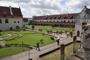 fort rotterdam makasar sulawesi selatan