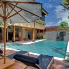 villa-kinara-pool-decking