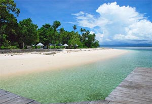 dodola island indonesia beautiful beaches