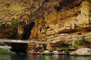 pindul cave yogyakarta indonesia