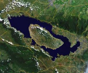 samosir island geograph