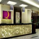 quest-kuta-central-park-receptionist