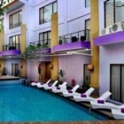 quest-kuta-central-park-swimming-pool
