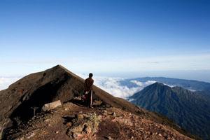 trekking to mount agung
