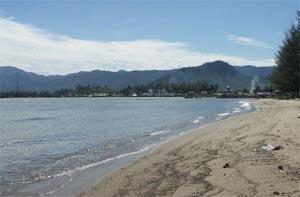 indah kalangan beach central tapanuli medan