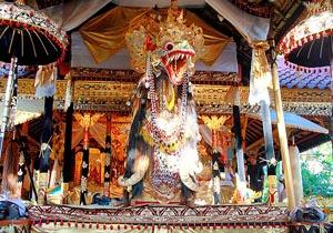 naga banda ngaben ceremony