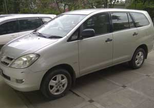 Rent Kijang Innova with Driver