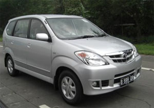 Rent Toyota Avanza with Driver