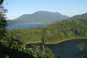 buyan lake and tamblingan lake