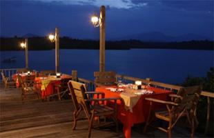 naya gawana resort restaurant banyuwedang hot spring